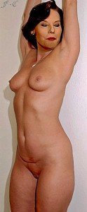 Denise Fabre dans Denise Fabre 1253013497bdd0fe3c_cfake-124x300